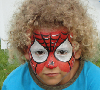 Kinderschminken-Spiderman-Held